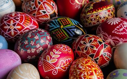 Kto wyda więcej na Wielkanoc? Wcale nie miastowi