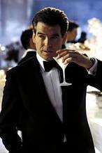 Pięciu Bondów w jednym filmie?