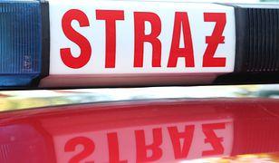 Pożar dachu kamienicy w Łodzi. W akcji 6 zastępów straży pożarnej
