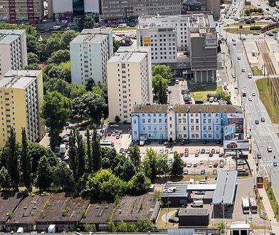 Działkę, na której stoi budynek należący do firmy SREBRNA Sp. z o.o, sprzedaje cypryjska spółka Conarius