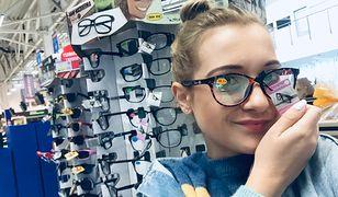 Wybrałam się do supermarketu i drogerii, aby dokładnie przyjrzeć się asortymentowi gotowych okularów.