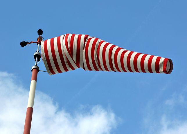 Ostrzeżenie IMGW. Silny wiatr na południu kraju