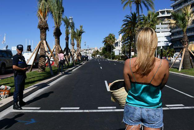 Promenade des Anglais w Nicei dzień po zamachu