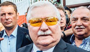 Lech Wałęsa jak Bono. Ekstrawagancki dodatek byłego prezydenta