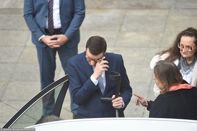 Premier Mateusz Morawiecki pożegnał się ze swoją matką po wystąpieniu w Sejmie