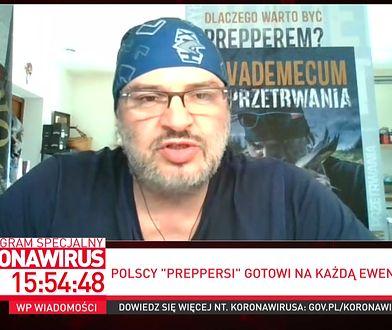 """Jak zrobić drożdże w domu?  Polski """"prepper"""" Piotr Czuryłło zdradza przepis na drożdże z owoców"""