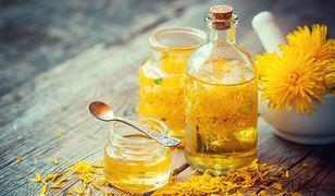 Syrop z mniszka to naturalne remedium na infekcje jesienno-zimowe
