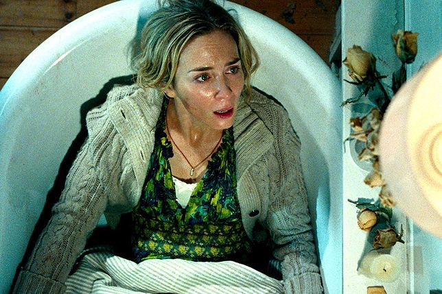 """""""Ciche miejsce"""" - niemal bezgłośny film, na którym ludzie umierają ze strachu. Scena niemego porodu wbija w fotel"""