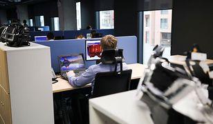 Molestowanie w pracy to problem, który dotyka nie tylko kobiet