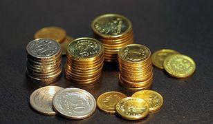 Płaca minimalna 2022. Ile na rękę? Rząd podał stawki brutto i netto
