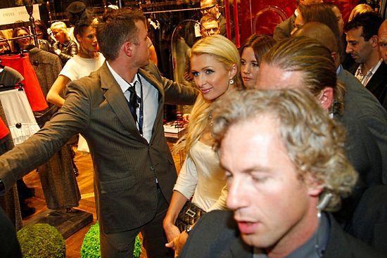 Ochraniali Paris Hilton, teraz musieli odejść z policji
