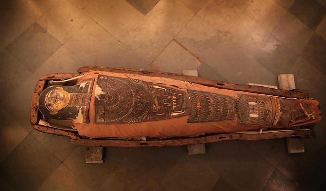 Mumia / zdjęcie lustracyjne