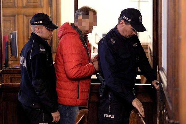 Katowice. Krzyki podczas procesu ZOMO-wca. Wyrok mimo awantury w sądzie