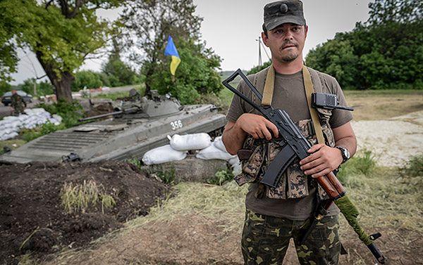 Konflikt na Ukrainie. Separatyści intensywnie ostrzeliwują siły rządowe