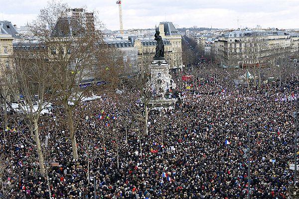 W Paryżu przeszedł marsz przeciwko terroryzmowi