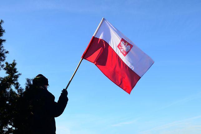 Lokalni mieszkańcy cieszą się na wieść o podróżnych z Polski