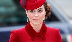 Kate Middleton dostała pierścionek po matce Williama