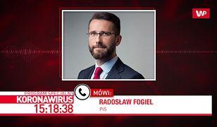 Koronawirus w Polsce. Środki bezpieczeństwa w Sejmie. Jarosław Kaczyński bez rękawiczek