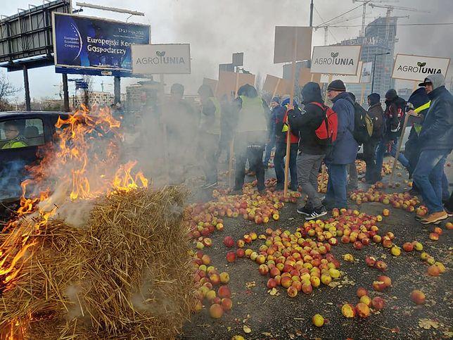 Protest rolników: To przedsmak, tego co może wydarzyć się w najbliższych dniach – mówią rolnicy.