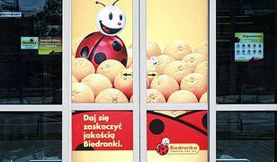 Korzystając z vouchera można w Biedronce kupować wszystko, nie ma żadnych ograniczeń.