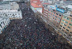 Tysiące osób protestuje na ulicach. Wszystko efektem śmierci dziennikarza