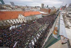 Słowacy wracają na ulicę. Chcą dokładnego śledztwa ws. zamordowanego dziennikarza