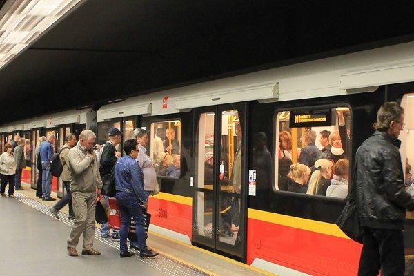 98 proc. warszawiaków zadowolonych z metra. Jaka jest ich ulubiona stacja?