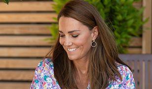 Księżna Kate wybrała kolczyki z sieciówki
