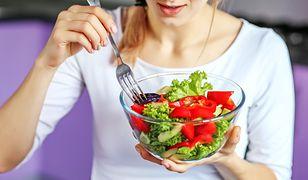 Nowy sposób odżywiania. Coraz więcej osób się na niego decyduje
