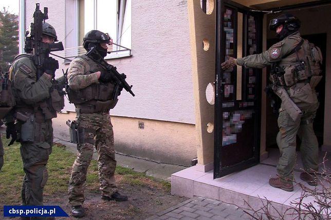 CBŚP zatrzymało podejrzanych w Warszawie, Mławie i Ciechanowie