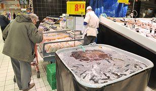 Żywe karpie w supermarkecie to coraz rzadszy widok.