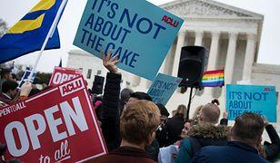 Mimo protestów, amerykański Sąd Najwyższy stwierdził, że piekarz mógł odmówić upieczenia tortu homoseksualnej parze