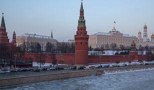 Kreml prężnie szkoli hakerów, goni USA i Rosja