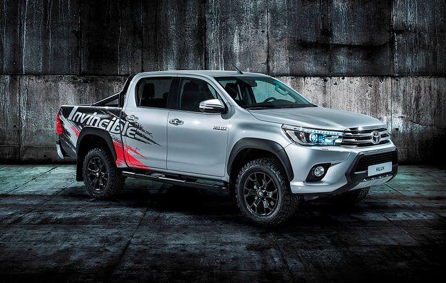 Toyota Hilux Invicible 50
