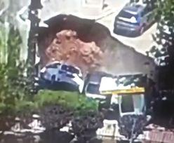 Izrael. Ziemia na parkingu nagle się rozwarła. Do środka wpadły auta
