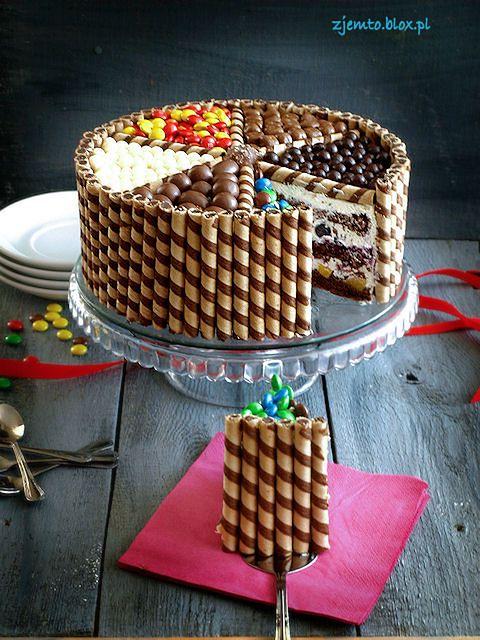 Kolorowy tort dla malucha