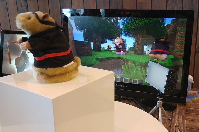 Po co mozolnie budować pluszaki w Minecrafcie, skoro można swojego pluszaka do gry zaimportować?