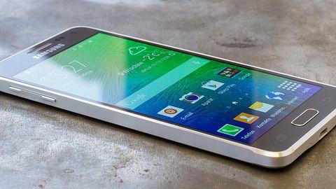 Samsung Galaxy Alpha – test smartfona, który zrywa ze stereotypami