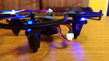 Dron z kamerą dla początkującego pilota? Zadanie spełnione — UGO FEN + konkurs