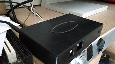 Set-top box i serwer jednocześnie? Takie rzeczy tylko na Raspberry Pi! - Pudełeczko ze wzmacniaczem w pełnej swojej okazałości