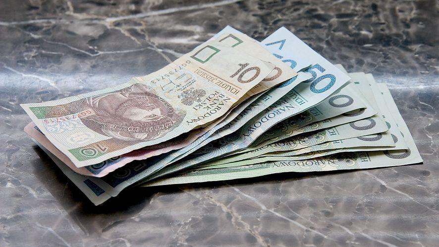 Banki ostrzegają przed oszustami, fot. Pixabay