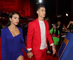 Gorąco robi się od samego patrzenia. Ukochana Cristiano Ronaldo kusi w bikini