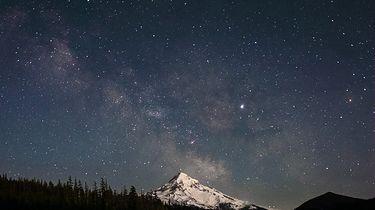 Najlepsze aplikacje astronomiczne. Dzięki nim odnajdziesz się na nocnym niebie - Niebo nocą