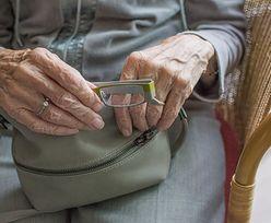 Emerytury honorowe. Dodatkowa emerytura nie tylko dla 100-latków