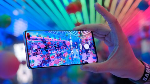 Samsung Galaxy S11 z ekranem 120 Hz. Będzie reklamowany jako do gier?