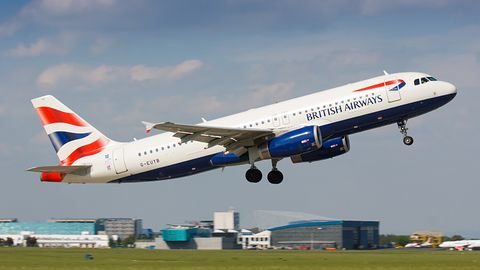 Pieniądze klientów British Airways zagrożone – skradziono pełne dane 380 tys. kart płatniczych