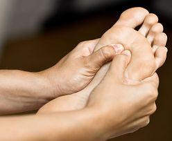 Objaw zawału pojawia się na stopach. Zwróć uwagę na ten szczegół
