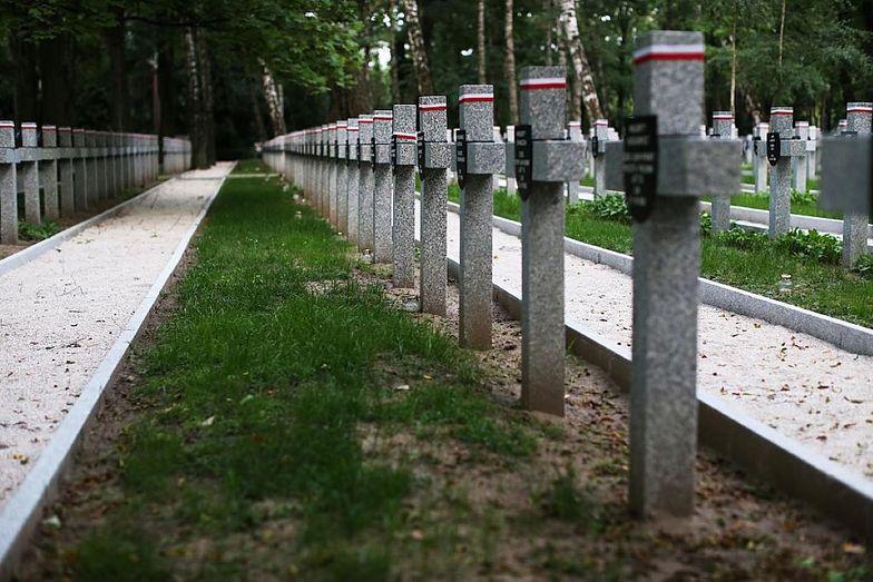 Pogrzeb komunistycznego generała na Powązkach. Doszło do rękoczynów