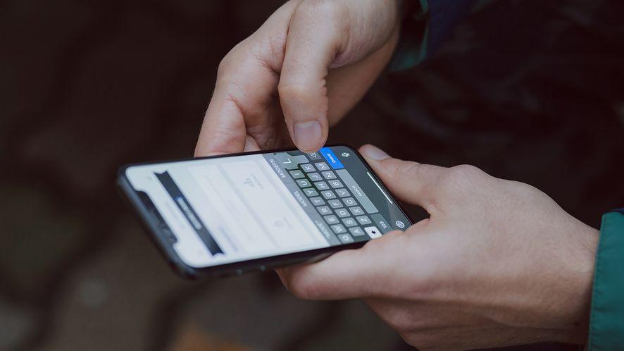 Android i iOS. Popularny komunikator może służyć do szpiegowania użytkowników