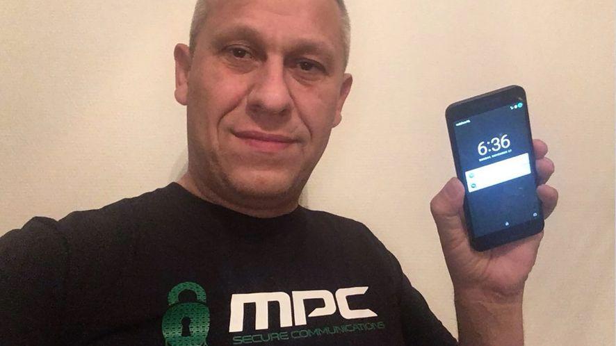 Martin Kok promujący firmę MPC na kilka tygodni przed śmiercią, fot. Twitter